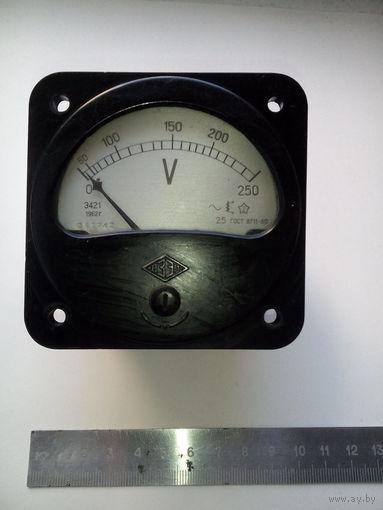 Вольтметр переменного тока Э421