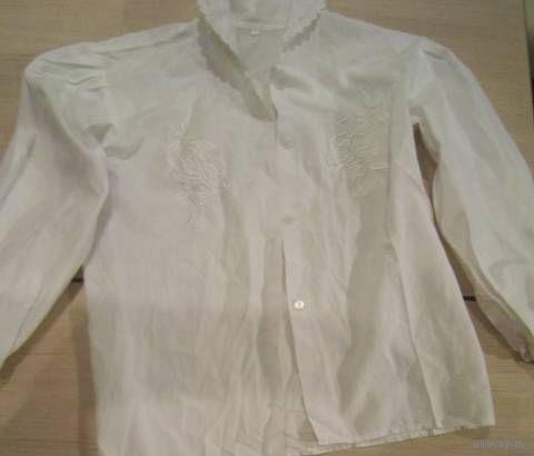 Белая школьная блузка 6-7 лет