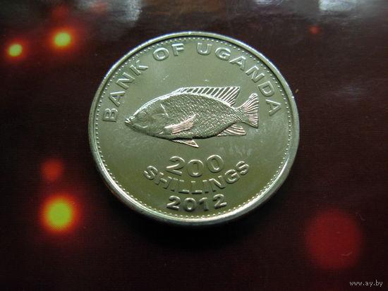 УГАНДА 200 шиллингов 2012 UNC Рыба цихлид