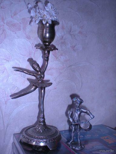 """Старинный фигурный подсвечник с балериной из нержавейки и новый """"оловянный"""" солдатик."""