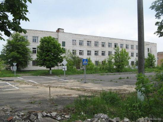 Вниманию инвесторов!!! Продаётся 3-х этажное здание с подвалом общей площадью 3500 кв.м. Торг.