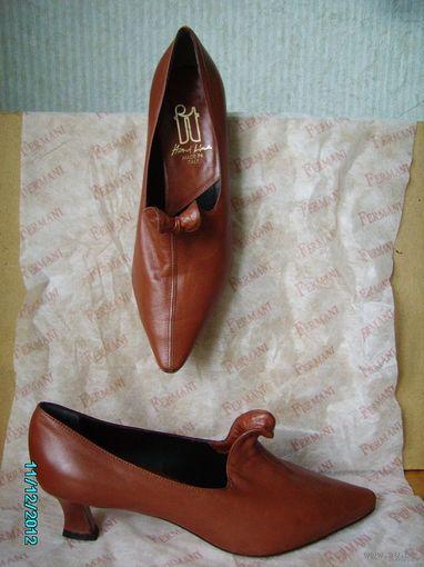 """Туфли новые женские кожаные на р.39. Стиль """"ретро, винтаж"""". Покупались в Коламбусе."""