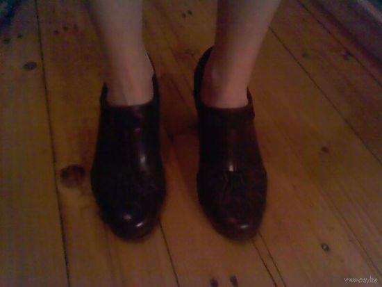 Туфли осенние женские кожаные