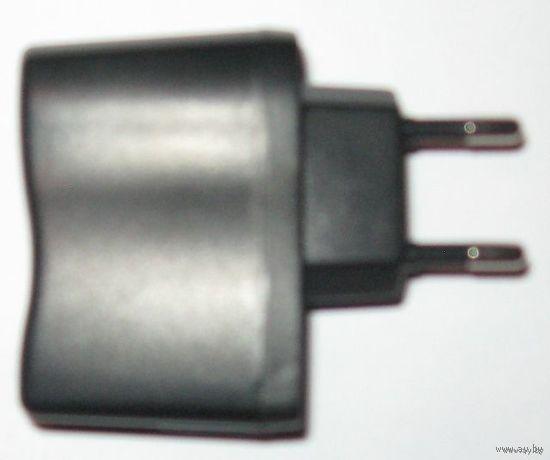 USB - зарядное для мобильного телефона