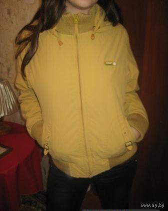 Куртка цвета хаки  р. 44-48