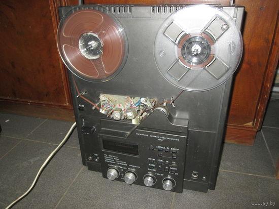 Катушечный магнитофон-приставка Орбита-107-стерео