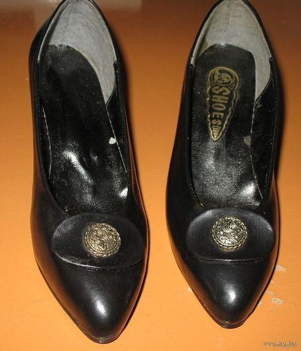 Туфельки детские,  либо на золушку черные размер 35,5, и 36,5,новые