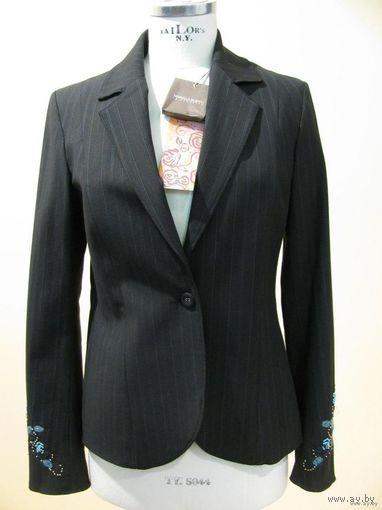 РАСПРОДАЖА!!! СКИДКА 25 %!!! Новый пиджак известного итальянского бренда MARIELLA BURANI, ручная вышивка