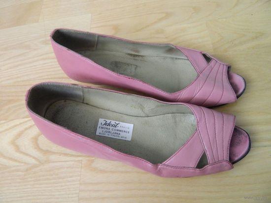 Туфли весенние женские