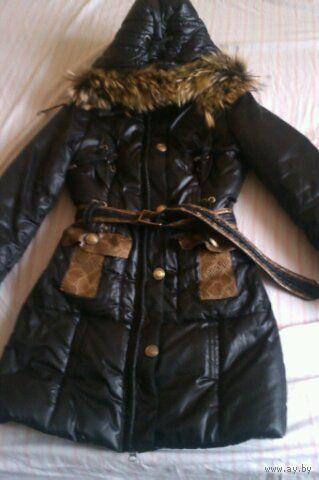 Стильная зимняя курточка на синтепоне