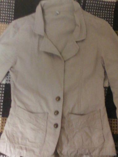 Стильный молочный пиджак
