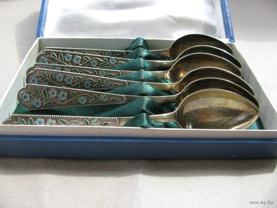 Набор серебряных чайных ложек из 6 шт. в оригинальной коробке