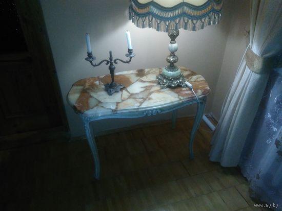 Журнальный столик  ( КОНСОЛЬ)