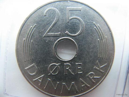 Дания 25 эре 1975г.