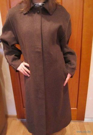 Пальто из Бельгии Шоколадного цвета. Шерсть 100%