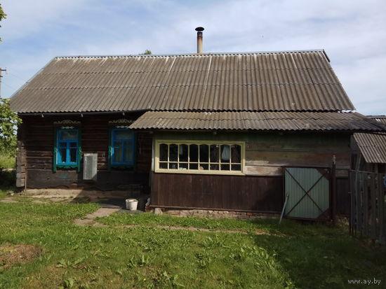 Дом с гаражом и баней (очень хорошее сост.) Торг.