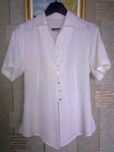 Блуза бежевая. Дешево