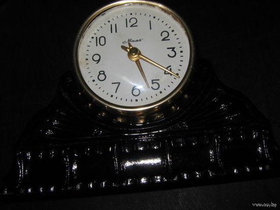 Часы настольные Маяк.60е года СССР.