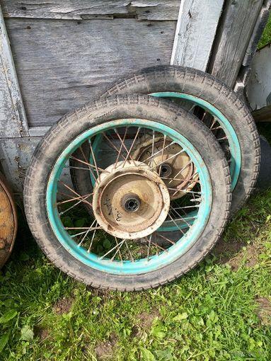 Два колеса от мотоцикла80-484-3,25-19