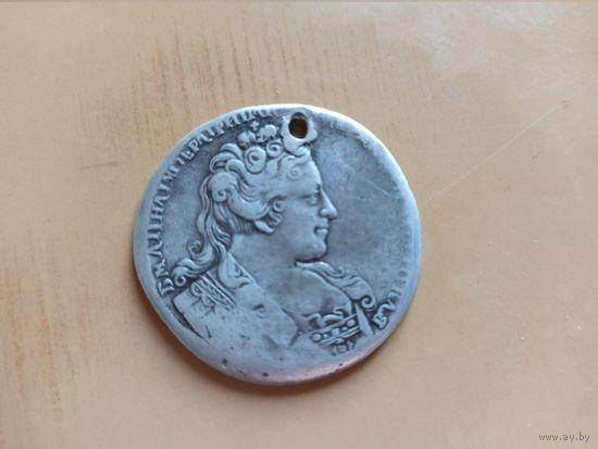 Рубль. Императрица Анна Иоанновна, с брошью на груди, 1732 или 1733 г. Короткий аукцион. Только 1 день снижение цены!