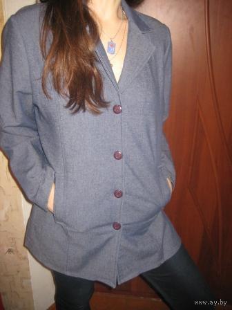 Пиджак под джинс   Новый  р.44-46  Бельгия-на этикетке написано фабрика Франция