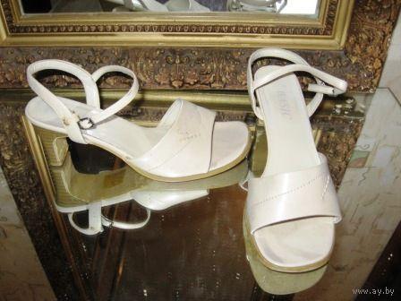 Туфли р.39 классные