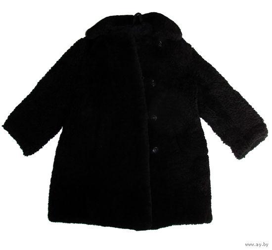 Натуральная шуба детская, мех (цигейка), на 6-8 лет, б/у, пр-во фабрики Vitas (Литва), прекрасное качество, шуба очень прочная и теплая, в шубе есть 2 кармана