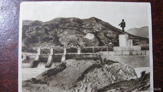 Памятник Ленину Тифлис 1931-1932г.г.