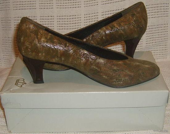 Туфли женские,р.5,5(на 37,0-37,5)