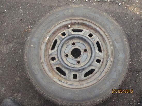 Диск+шина р 13 165/70 диск фирменный вольво, шина гудъеар почти новая