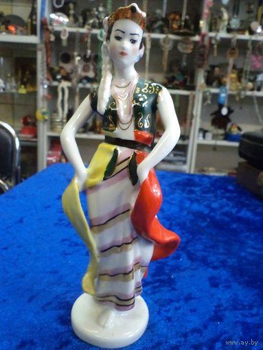 Индонезийский танец, ЛЗФИ, 19 см.